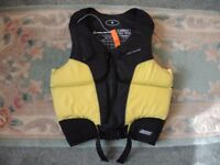 NEIL PRYDE LIFE PRESERVER SMALL IDEAL KAYAK SAIL CANOE WATERSPORTS