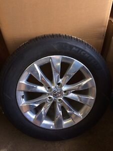 225-60-18 buick envision take off rims and tires