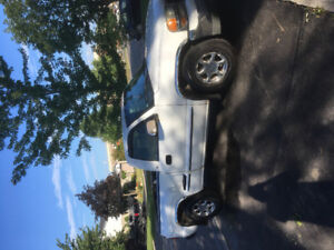 Excellent condition! 2000 GMC Sierra 1500 Step side Pickup Truck