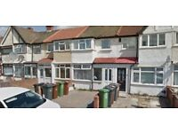 Must see 3 bed house in Dagenham RM10 Part Dss Accepted