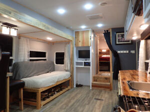 Completely remodeled 2008 Copper Canyon 27 ft fifth wheel travel