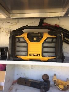 Dewalt charger/ radio with blue tooth