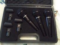 Set of 3 Behringer microphones