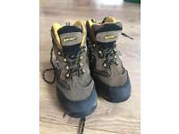 Hi-tech kids walking boots size 4 UK