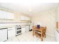 3 Bedroom Split Level Apartment - Great Value -£1175pcm!