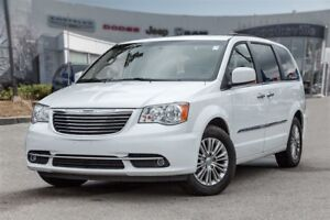 2016 Chrysler Town & Country Touring-L, ROOF, LEATHER, DVD
