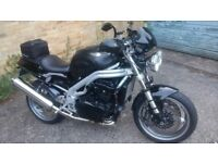 Triumph Speed Triple 955i ( W187 EBW ) LED lights, Bagster Tank Cover, Hand Guards, Long MOT