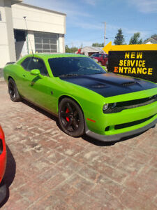 2017 Challenger HELLCAT Brand New No KM $1000 bucks off Retail !