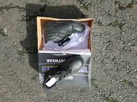safety boots woman's size 3