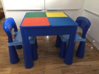 Building block table and chairs