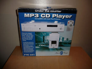 New Under Counter MP3 Ipod / CD Player in box