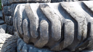 Used 20.5R25 tires for wheel loader and mobile crane