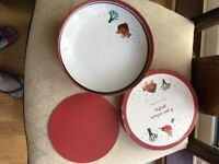 4 brand new Christmassy porcelian plates from Debenhams