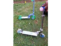 2 nos small scooter for kids 5 pound and 3 pound each only