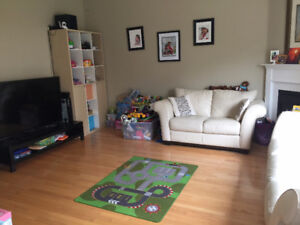 Beautiful clean 4bd&4wr detached house