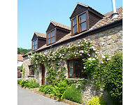 *NO AGENCY FEES TO TENANTS* Unfurnished large 2 bedroom barn conversion in beautiful, rural village