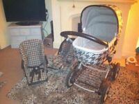 Mamas and papas 3in1 travel system pram car seat and push chair used but in really good condition