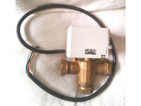 DRAYTON 22MM 3 PORT MID POSITION VALVE 679H340-3OLO AND REMOVABLE ACTUATOR