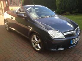 VAUXHALL TIGRA COUPE CONVERTIBLE 1.4,2007,ONLY 27000 MILES,MOT JULY 2018,£1895!
