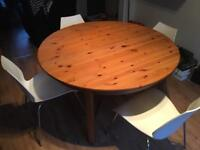 Ikea extendable dining table, great condition