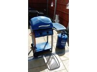 BONDI 1 GAS BARBEQUE WITH GAS BOTTLE 3/4 FULL GOOD CONDITION HARDLY USED FREE LOCAL DELIVERY