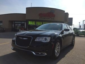2016 Chrysler 300 Touring 4R SEDAN