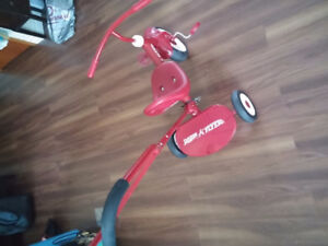 Toddler RADIO FLYER Tricycle