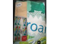 Kids Dino-roar lined curtains