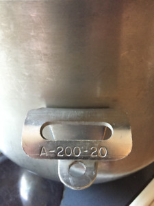 HOBART A20020  SS Mixing Bowl & VOLRATH USA steam pans Fsale