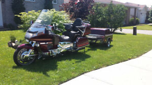 FOR SALE WELL MAINTAINED 1989 GOLDWING
