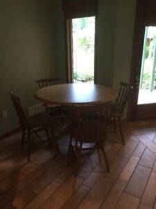 Table and Chairs $125 OBO
