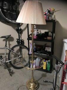 Warm comforting floor lamp