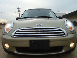 2007 MINI COOPER HARDTOP SPORT-LEATHER-SUNROOF--6 SPEED