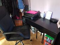 Black gloss desk and chair