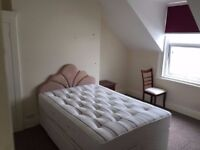 SB Lets are delighted to offer a double room in a 4 bedroom flat share in central Hove