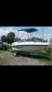 1999 18ft Bowrider. Get out on the water this weekend !!!