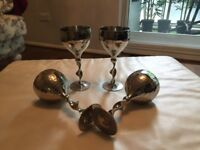 Set of 4 stainless steel wine glasses