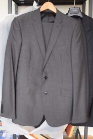 Man's suit. John Lewis brand, immaculate condition. 40 inch chest 32 inch waist