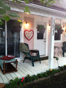 Furnished House / Utilities included / Pet Friendly