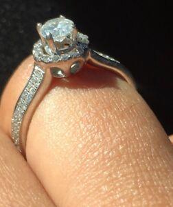 DIAMOND RING white gold /  engagement