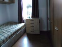 £110pw Single room with Double bed in Bounds Green /North London zone3