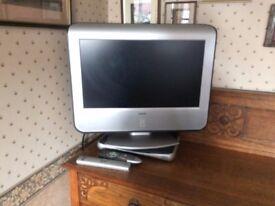 Analogue Flat screen TV + Digi box with recorder