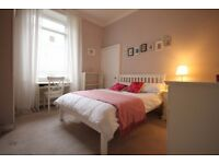 3 bedroom flat in Spittal Street, Central, Edinburgh, EH39DX