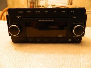car stereo (Chrysler) - almost new out of a 2016 Jeep Wrangler