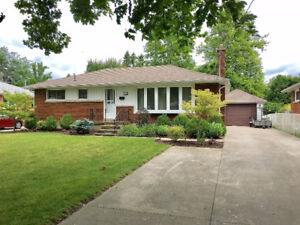 3+1 Bedrooms and 2 Bath Brick Rancher in South Side Chatham