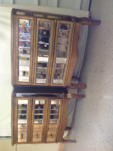Pair of night table/dressers