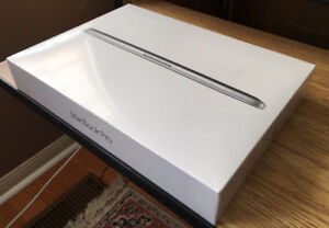 BNIB Apple MacBook Pro MF839LL/A 13.3-Inch Laptop Retina