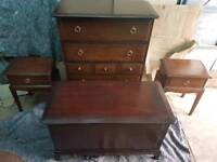 Stag minstrel bedroom suite of 7 chest of draweres two 2 bedside table and blanket box