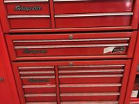 Snap on centre cab, two full length draws,