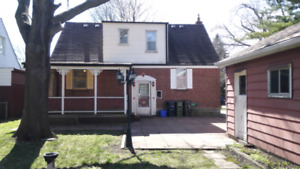 3+1 bedroom whole house with finished basement